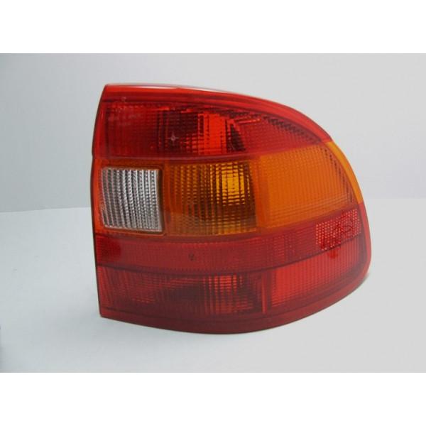 LAMPA OPEL ASTRA F SEDAN 90-91 L/P